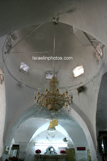 Israel Travel Guide - Jewish Holy Places: The tomb of Rabbi Shimon Bar Yohai at Meron