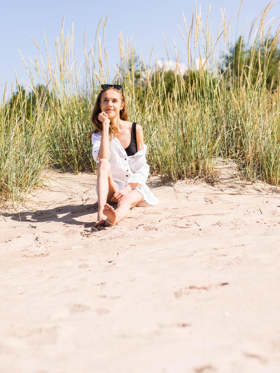 self-help-personal-development-book-recommendation-beach-fashion-kirjavinkki-rantamuoti-kesä-yyteri-muotiblogi