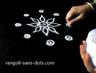 simple-rangoli-idea-for-Diwali-55a.jpg