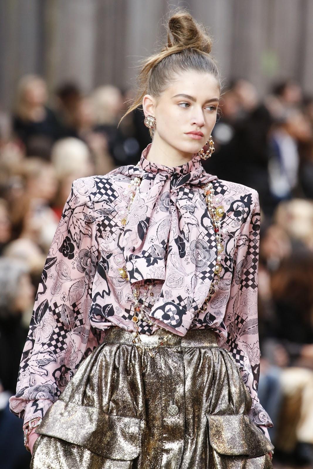 Runway: Chanel Fall 2018 Fashion Show Paris Fashion Week ...