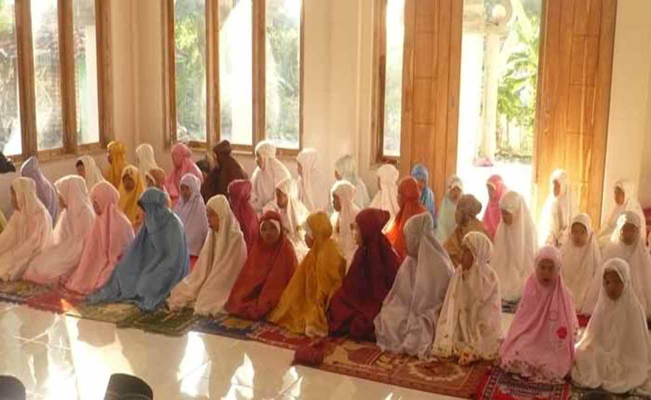 Asal Penciptaan dan Kedudukan Perempuan Dalam Alquran