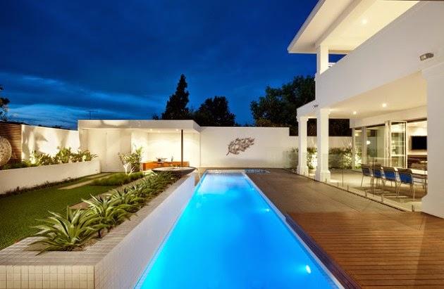Hogares frescos 18 dise os de peque as pero hermosas piscinas for Apartamentos con piscina en alcoceber