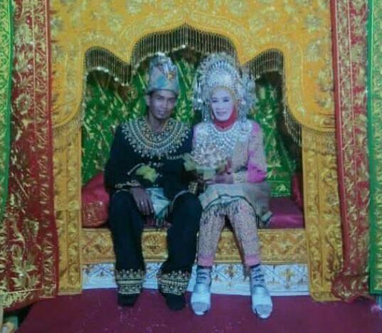 Ternyata Karena Hal Ini Pemuda 25 Tahun Nikahi Wanita 60 Tahun di Aceh Utara