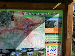 Parque Natural del Armañón, panel informativo, Pandos, Bizkaia