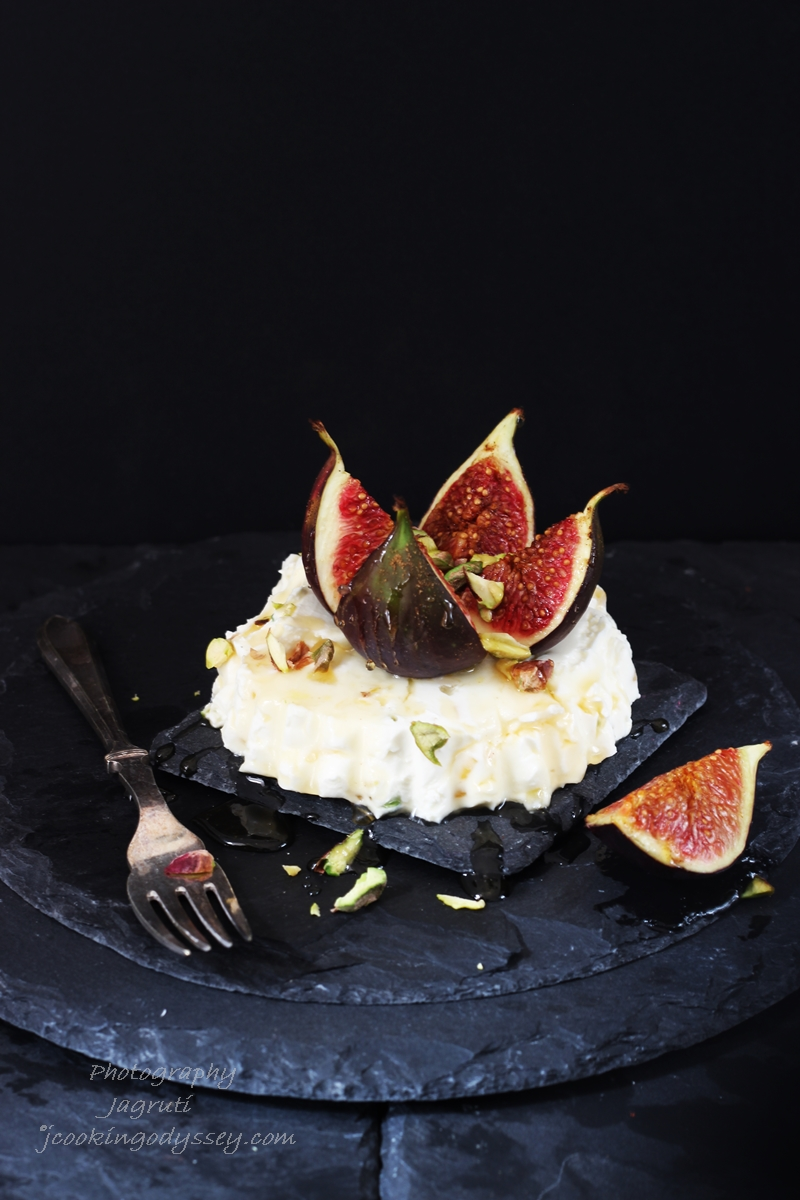 Chai Spiced Baked Figs with Ginger and Pistachio Mascarpone