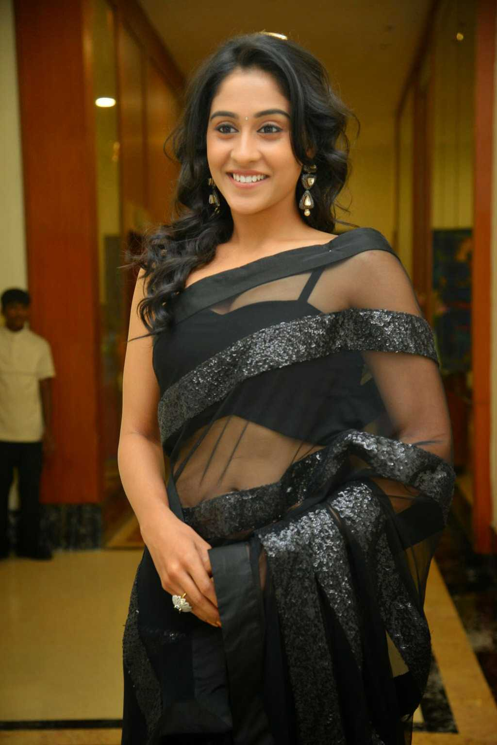 Regina Cassandra Latest Stills In Black Saree