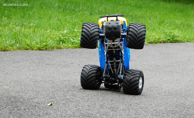Tamiya TXT-1 wheelie