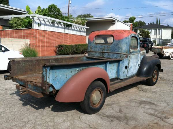 1946 GMC 3600 Pickup Truck - Old Truck