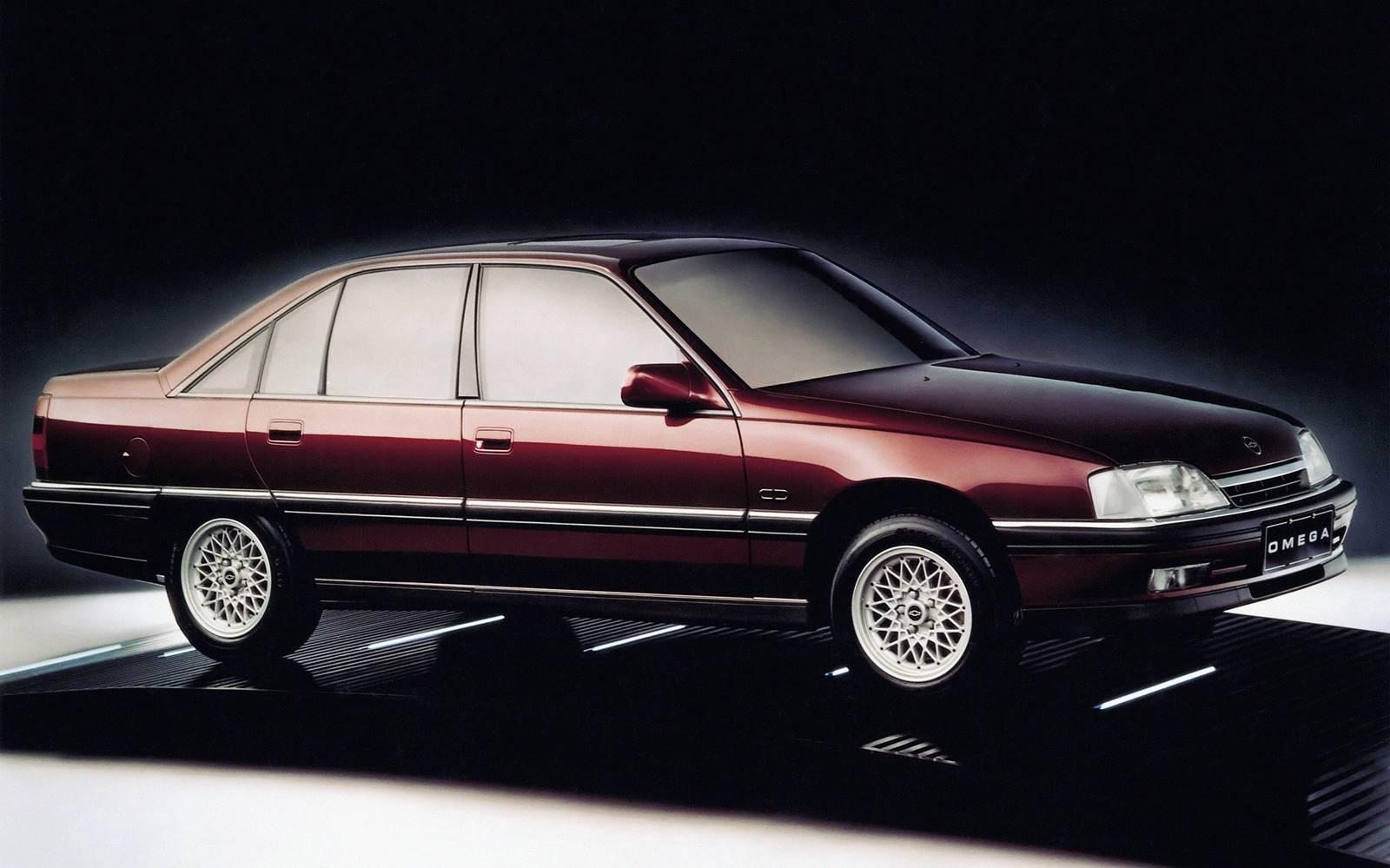 5b7a558979b Modelos exemplares desse processo eram o Chevrolet Omega CD 3.0 – um sedã  de luxo praticamente idêntico ao modelo europeu – e o Fiat Tempa