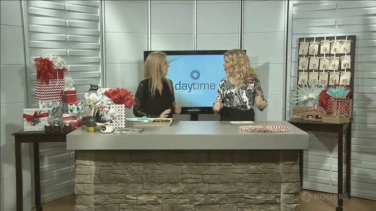 Lorrie Everitt from Creative Bag on Rogers Daytime TV (Durham) - diy advent calendar, tissue paper gift toppers and paper straw wreaths