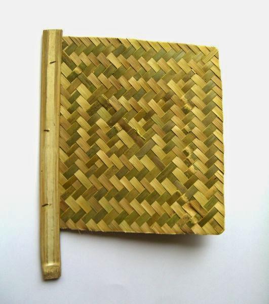 Hasil gambar untuk tepas batik