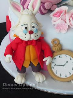 coelho Alice no País das Maravilhas