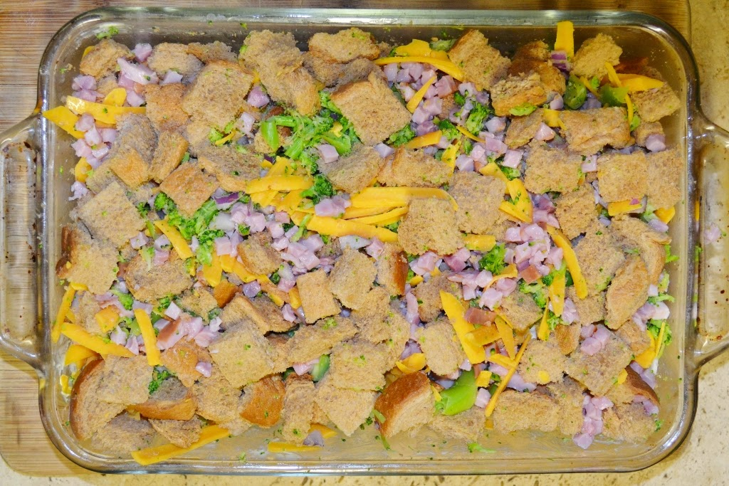 Ham and Broccoli Breakfast Strata >> Over The Apple Tree