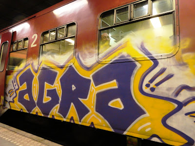 quiet and lola graffiti train