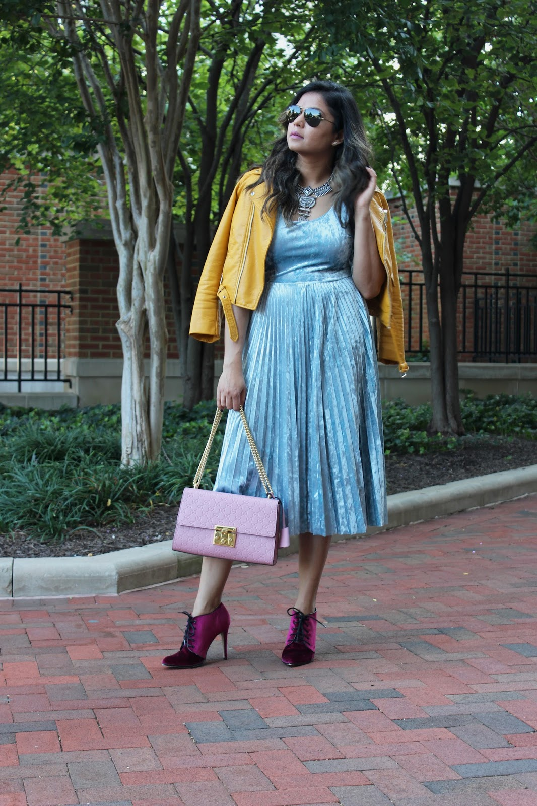 how to wear a silver statement jewelry, bauble bar targte necklace, bauble bar, fashion blogger, dc blogger, street style, eva mendes blue velvet dress, gucci bag, velvet pumps, fall style , myriad musings