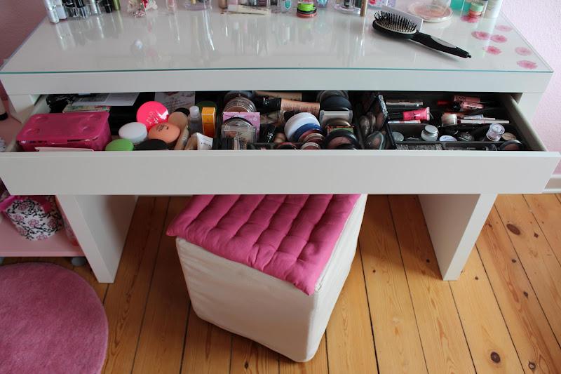 schminktisch mit glasplatte gmk home living schminktisch. Black Bedroom Furniture Sets. Home Design Ideas