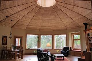 Round prefab ENERGY STAR home, Canada