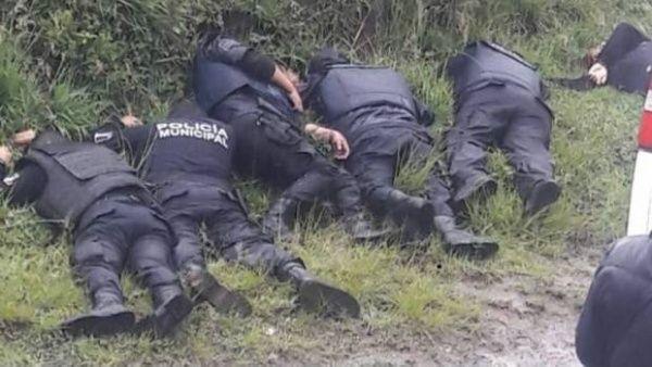 México: Asesinan a seis policías en Puebla