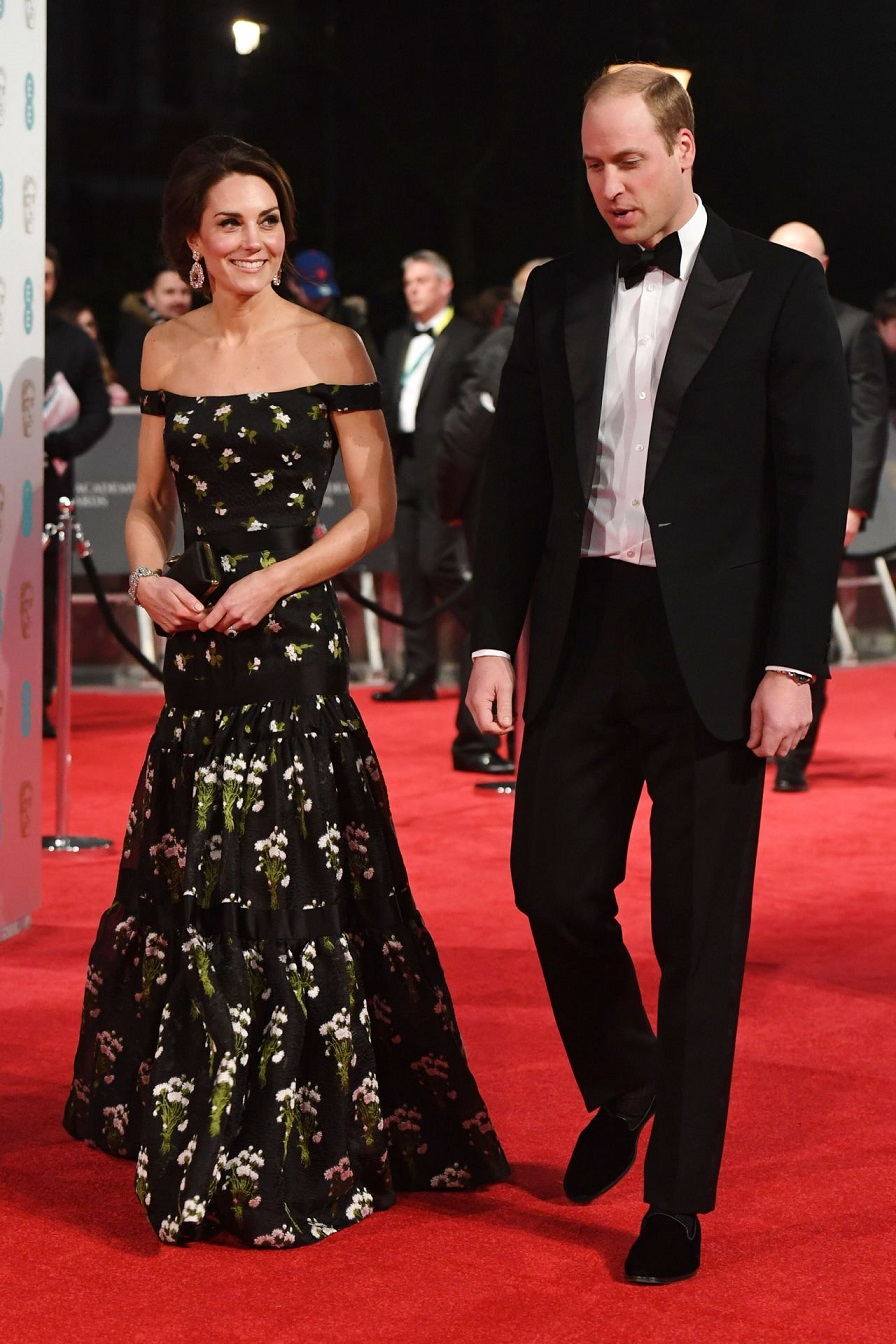 Kate Middleton arrives fashionably late to the 2017 BAFTAs in an Alexander McQueen gown