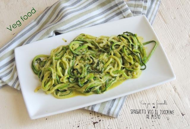 spaghetti di zucchine col pesto veg