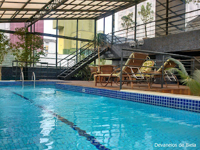 Hotel Slaviero Suítes Curitiba piscina lazer
