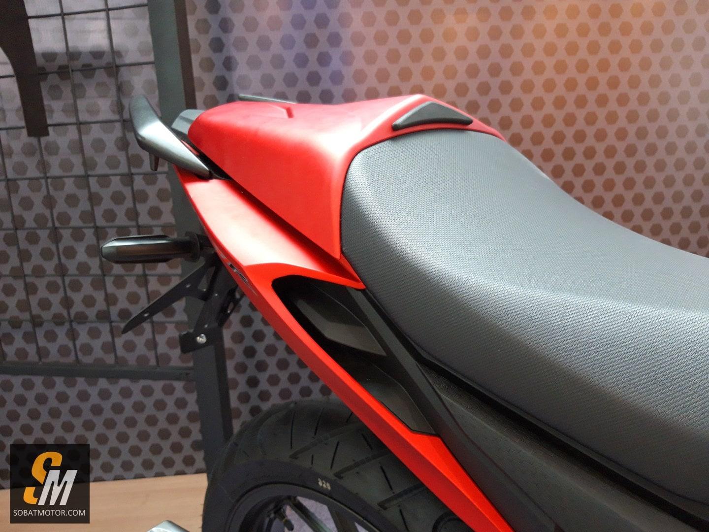 First impression New Honda CB150R 2018, auranya lebih sangar sob !