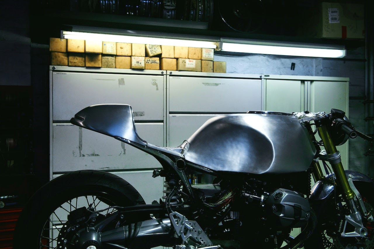 Ninet deus motoretro rocketgarage cafe racer magazine for Planimetrie della casa del garage