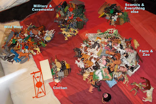 Contribution, Donations, How They Come In, Job Lot, Mixed Lot, Mixed Playthings, Mixed Toys, Show Plunder, Show Reports, Small Scale World, smallscaleworld.blogspot.com, 2 Initial Sorting Of Jims Box DSCN9732