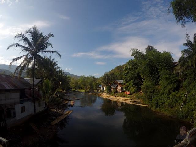Sungai Amandit tempat Rafting Bambu