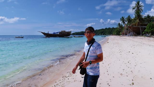 mandalaria beach