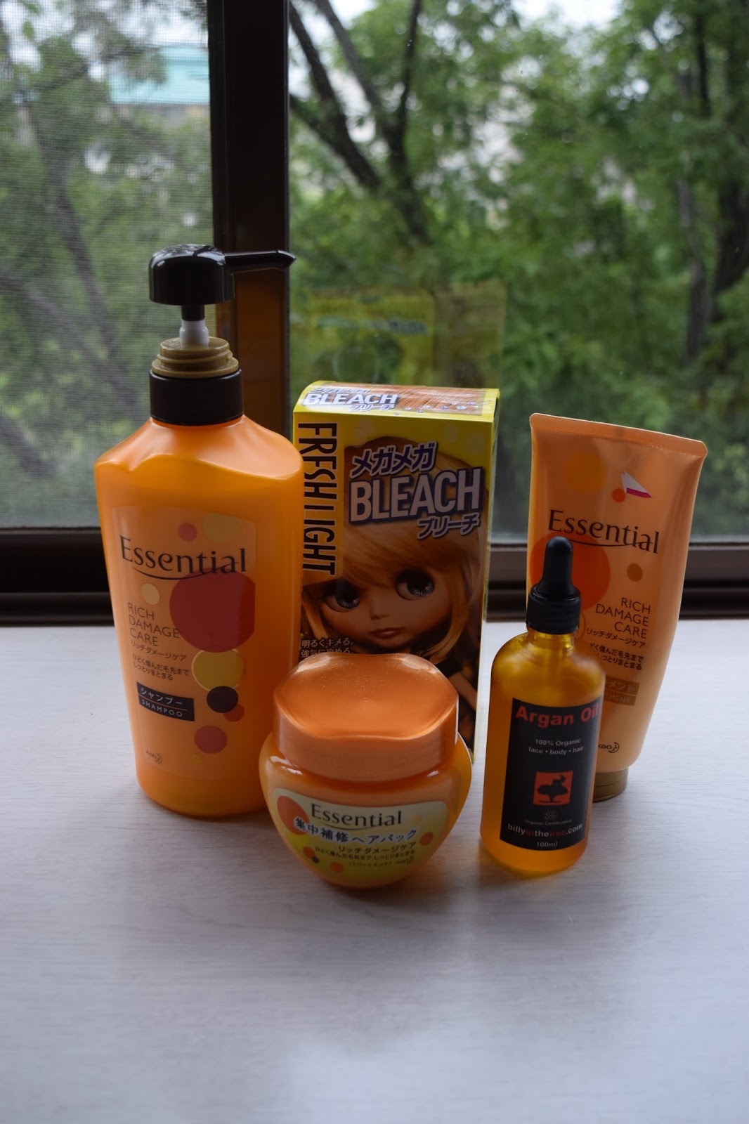 Damaged hair care products