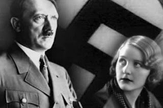 Cinta pertamanya adalah seorang gadis Yahudi
