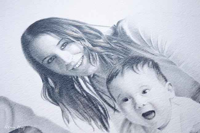 Detalle de un retrato dibujado a lápiz