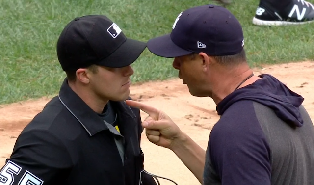 Aaron Boone ejected, dresses down rookie umpire Brennan Miller vs Rays 7/18/2019