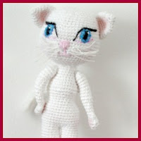 Talking Angela amigurumi