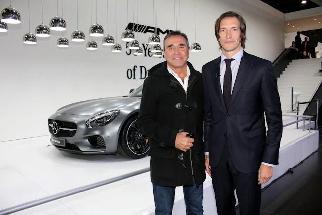 @ivandepinedaok y @LopezCocho en el Stand de Mercedes Benz del #SalónAutoBA