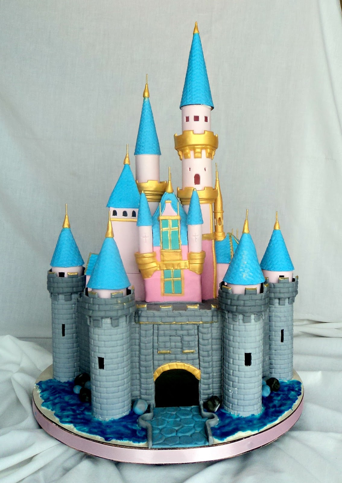 Delectable Cakes Disneyland Castle Cake