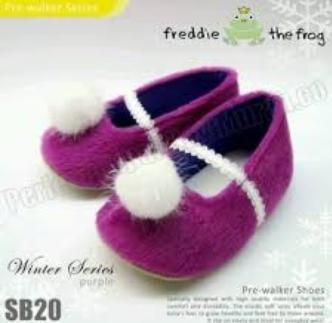 Model Sepatu Sandal Anak Perempuan Umur 3 Tahun Terbaru