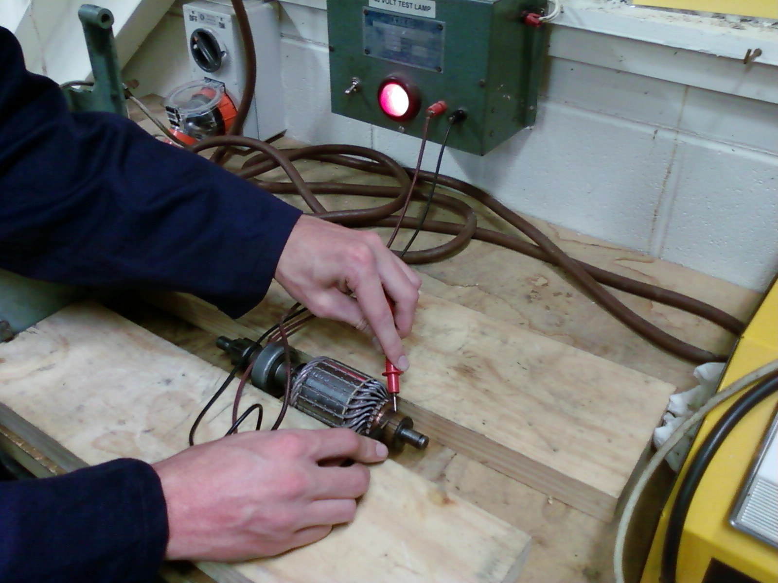 Richard Ttec 4841 Starter Motor Bench Repair And On Car Testing Voltage Drop Test The Circuit