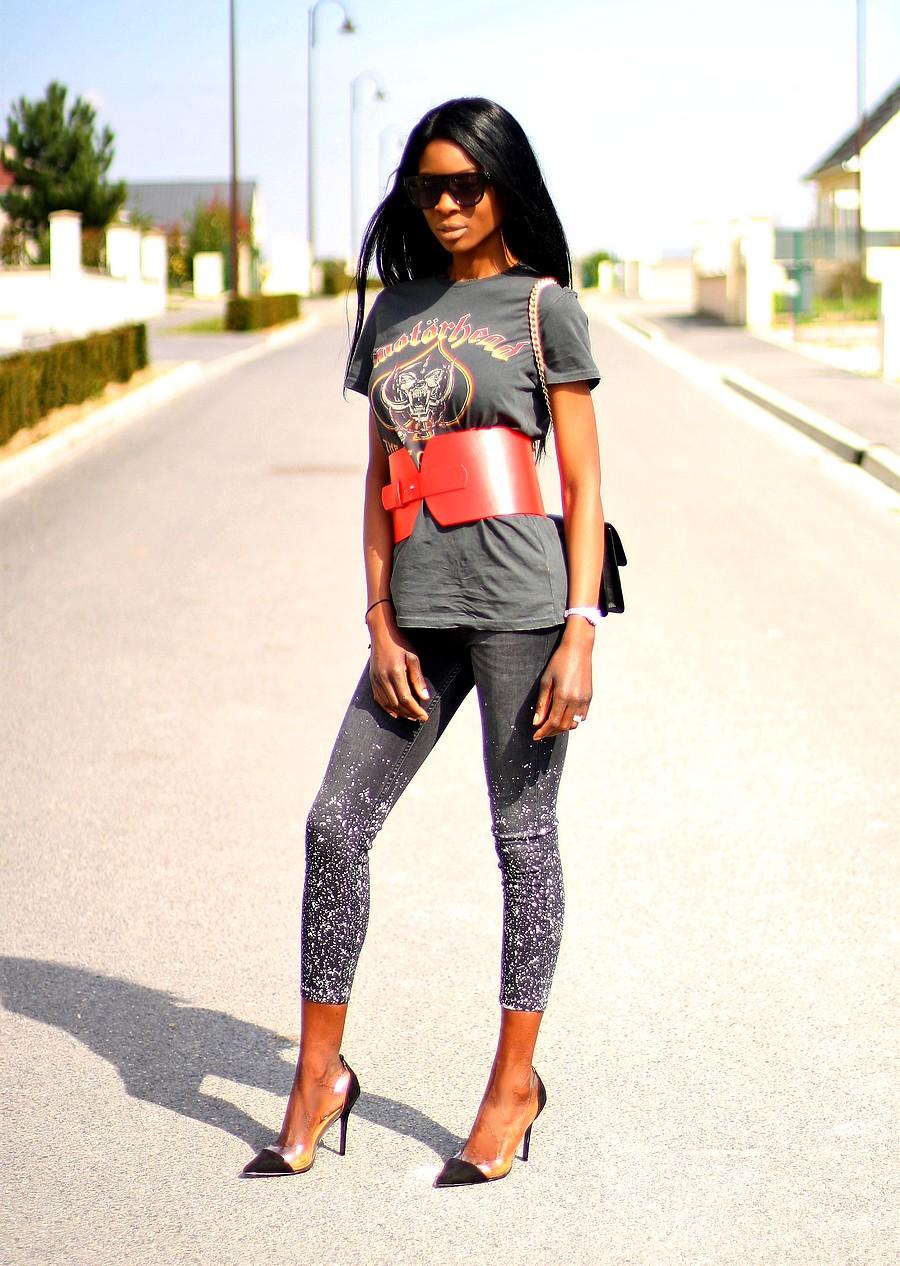 corset-tendance-look-rock-jeans-slim-zara-sac-bandoulière-chaine-pinko-love-escarpins-perspex-boohoo