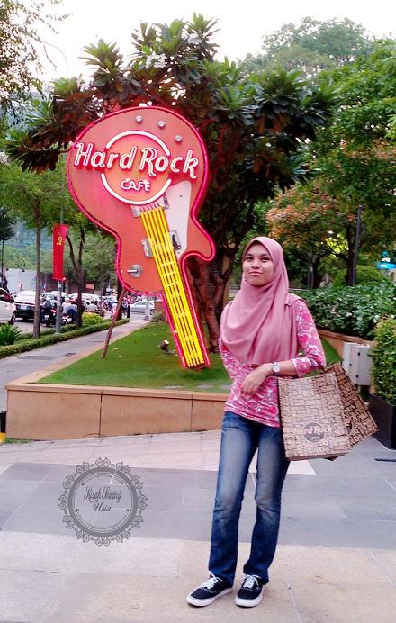 Baju Hard Rock Cafe Vietnam