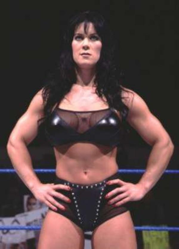 twitter WWE legend Chyna found dead in her home