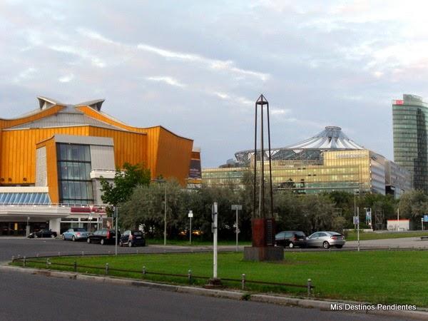 Filarmónica de Berlín y Cúpula del Sony Center