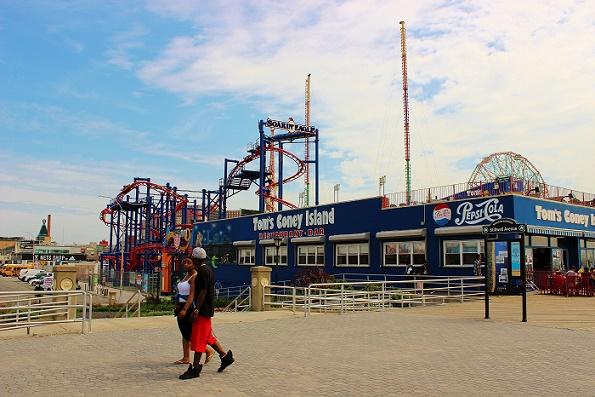 People Coney Island New York