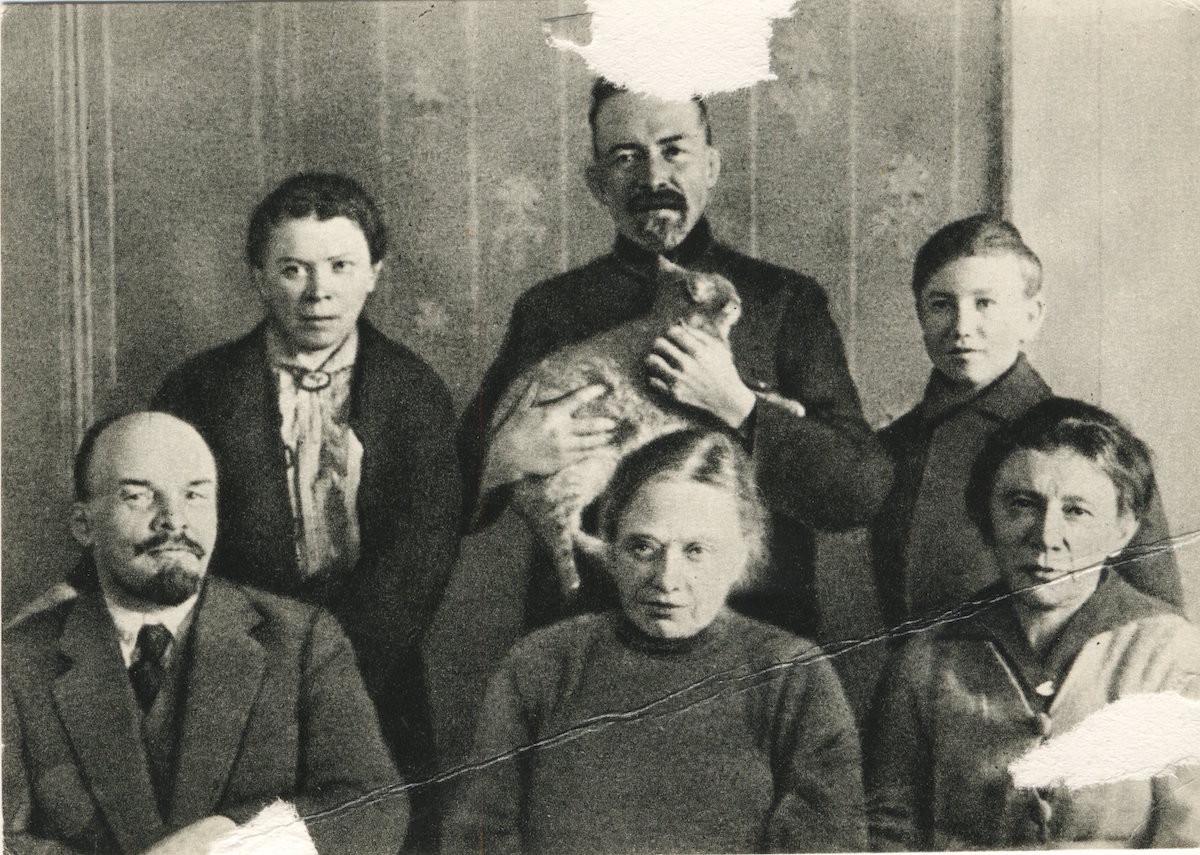 Глафира тарханова фотографии семьи крышкой, что