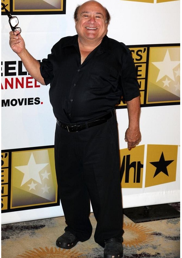 celebrity heights how tall are celebrities heights of celebrities how tall is danny devito. Black Bedroom Furniture Sets. Home Design Ideas