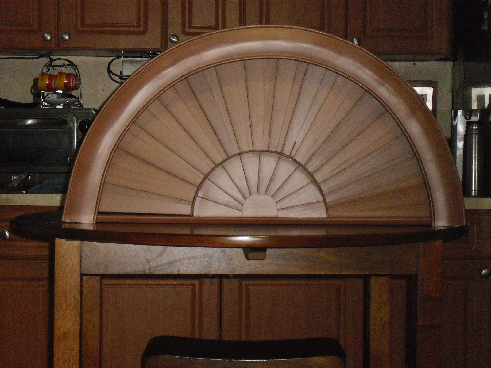 Window Wood Arch and Blinds | Eliseo Window Wood Arch and ...