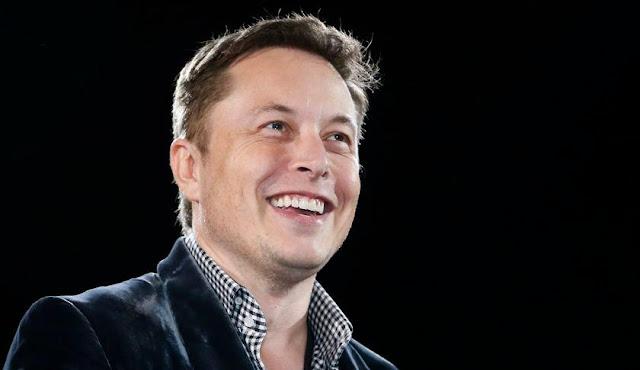 Elon Musk - Pendiri Paypal, SpaceX, tesla motor