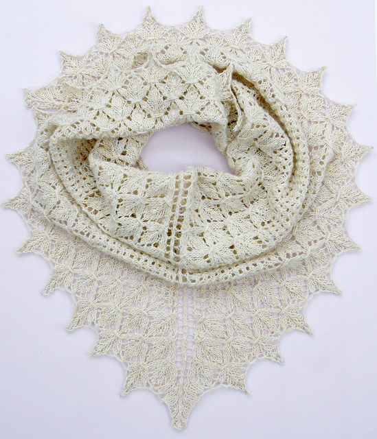 Loden Shawl - A Pattern by Irina Dmitrieva | Red Pepper Quilts 2015