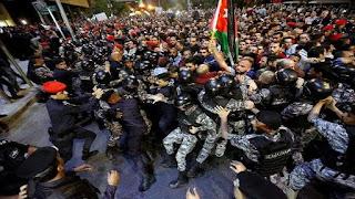 تجدد الاحتجاجات في الممكلة الأردنية الهاشمية ضد مشروع تشريع بزيادة الضرائب